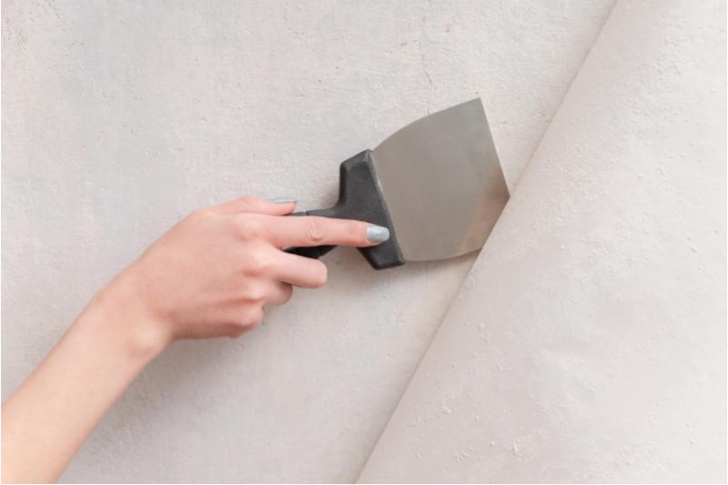 壁を剥がしてDIY!クロス・塗り壁・タイル・壁板の剥がし方を解説