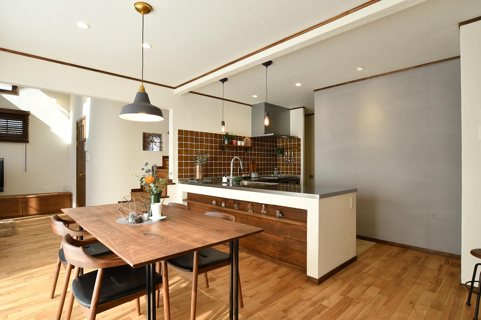 キッチンの壁のDIYリフォーム